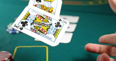 Why online poker becomes the market's huge connectivity? Know here