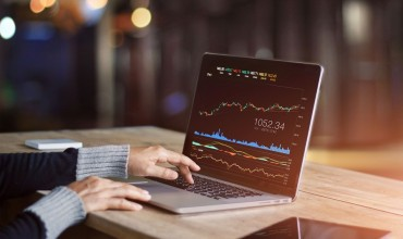 Learn to analyze the important data in Forex market