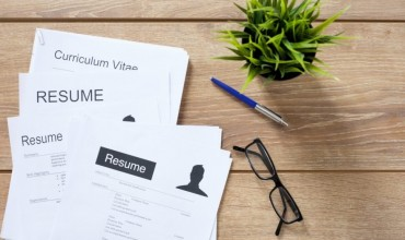 How to Create Your Resume with the help of a Resume Builder?